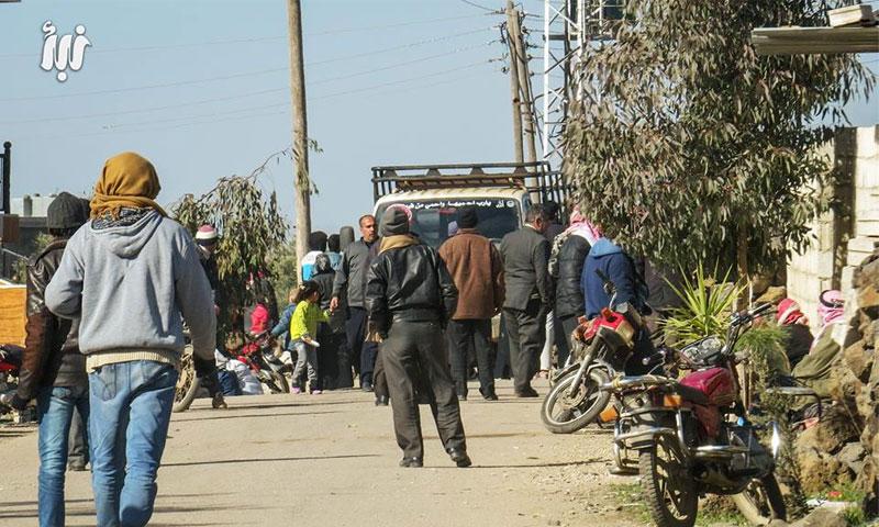 The people of al-Yarmouk Basin while held at the Tasil checkpoint, rural Daraa – January 12 (Nabaa)