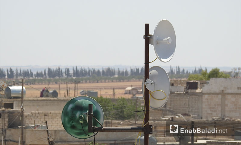 Satellite dishes to connect to the Turkish internet network, northern rural Aleppo – September 15, 2017 (Enab Baladi)