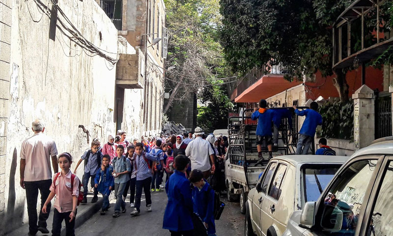 Children getting out of their school at the al-Halbouni neighborhood, Damascus city – September 25, 2018 (Lens Young Dimashqi)