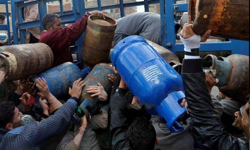 Household gas crisis throughout Syria (Damas)