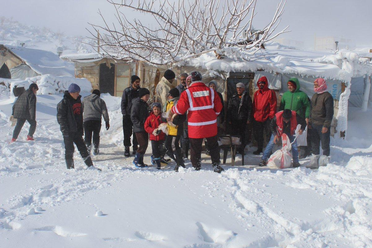 IDP camps affected by the snowstorm in Arsal - 11 January 2019 – (al-Raya Qatari newspaper)