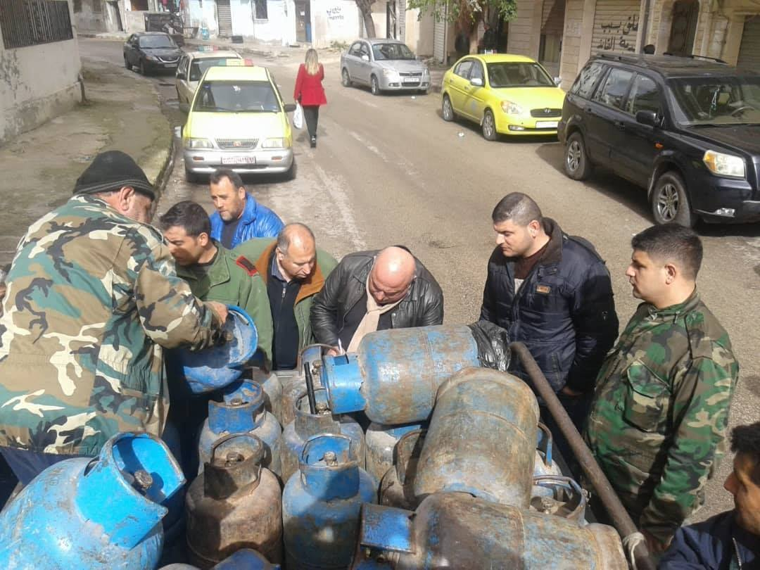Distribution of gas canisters, in Tartus, by the Ministry of Petroleum in the government of the Syrian regime - 31 January 2019 (Ministry of Oil Facebook page)