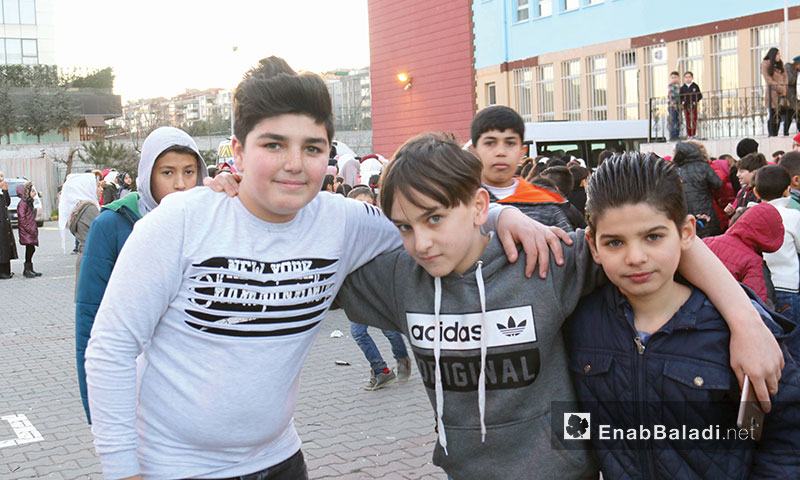 Syrian children in a Turkish school after passing the first semester of 2017/2018 school year – December 19, 2017 (Enab Baladi)