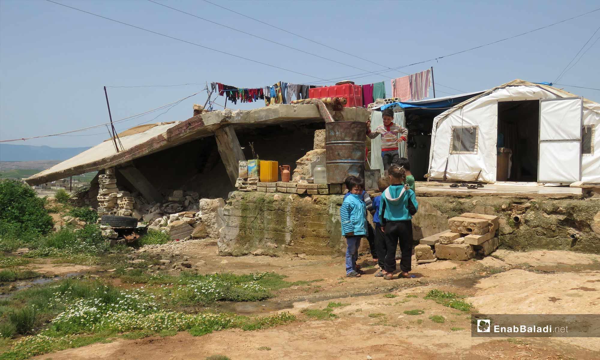 Children playing in the town of Kafr Nabudah, northern rural Hama – April 24, 2019 (Enab Baladi)