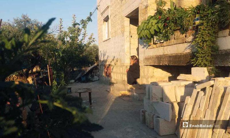 A resident of Kafranbel who refused to leave - July 2019 (Enab Baladi)