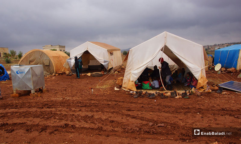 Displaced children from Hama countryside in Abu al-Walid camp in the southern Idlib countryside, November 5, 2018 (Enab Baladi)