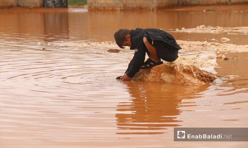Torrential rains flooding IDP camps in northern Idlib, March 31, 2019 (Enab Baladi)