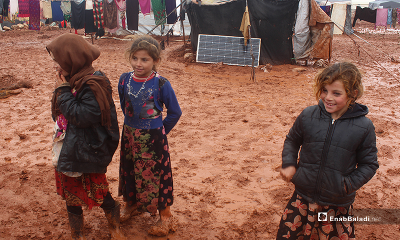 IDPs stranded in dire humanitarian situations in Kafr Aruq camp in northern Idlib - 14 December 2019 (Enab Baladi)