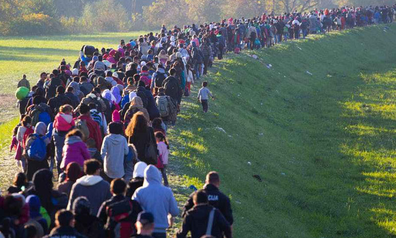 Migrants crossing the borders towards Slovenia - 2015 (theconversation)