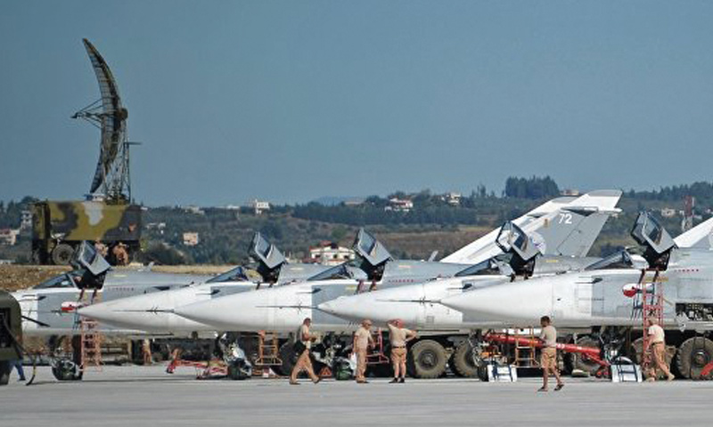 Russian aircraft at Russia's Hmeimim military airbase (Sputnik)