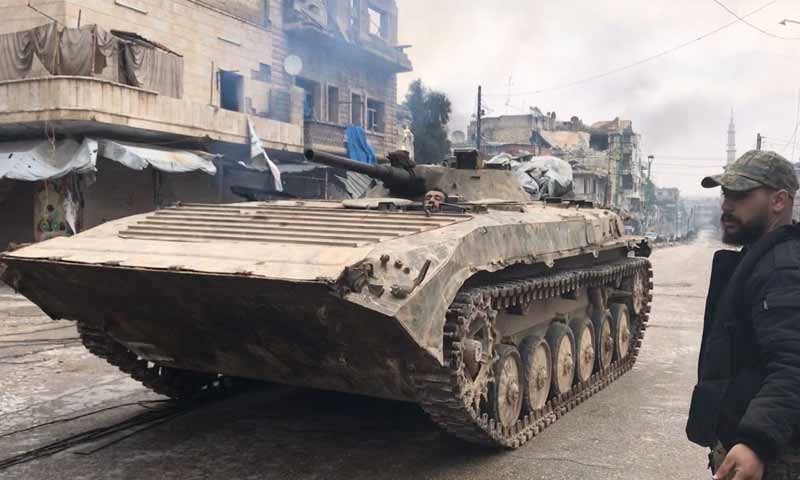 A tank of the Syrian regime forces inside the city of Maarat al-Numan - 31 January 2020 (Oleg Blokhin)