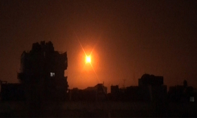 A picture of the Israeli bombing that targeted Damascus - 6 February (SANA)