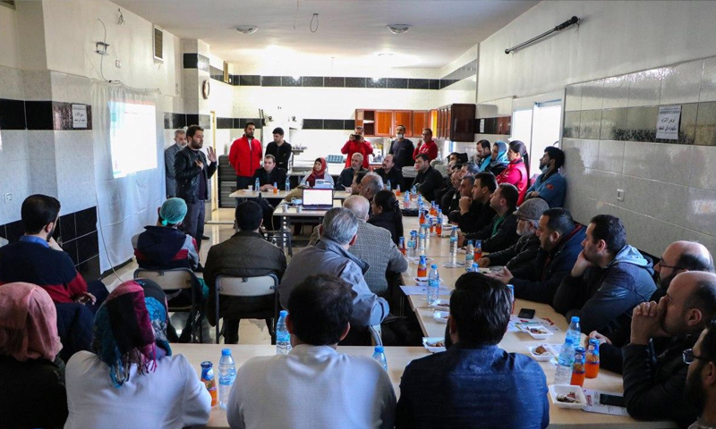 A symposium held at the health office of the Afrin local council in cooperation with the Hatay Health Directorate, on coronavirus - 3 March 2020 (Afrin council)