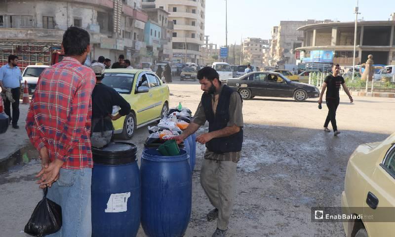 Street vendors selling Ramadan special drinks in al-Raqqa markets – 12 May 2020 (Enab Baladi)