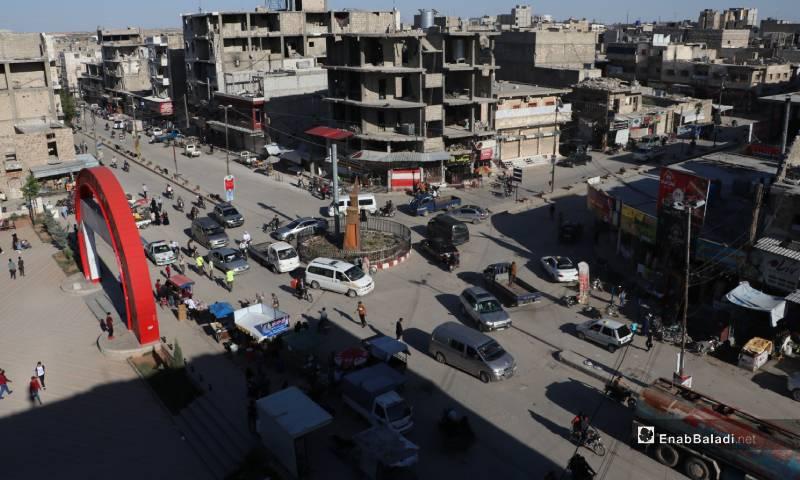 "Traffic around the ""center"" intersection in al-Bab city – 26 May 2020 (Enab Baladi)"