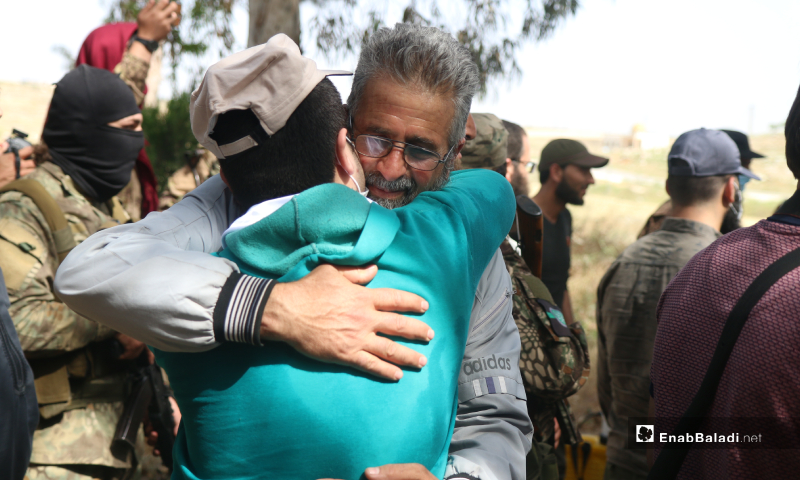 One of the four prisoners who were released on 16 May during the prisoners' exchange process between the Syrian regime and the HTS in Darat Izza town in northern Syria – 16 May 2020 (Enab Baladi / Yousef Ghuraibi)