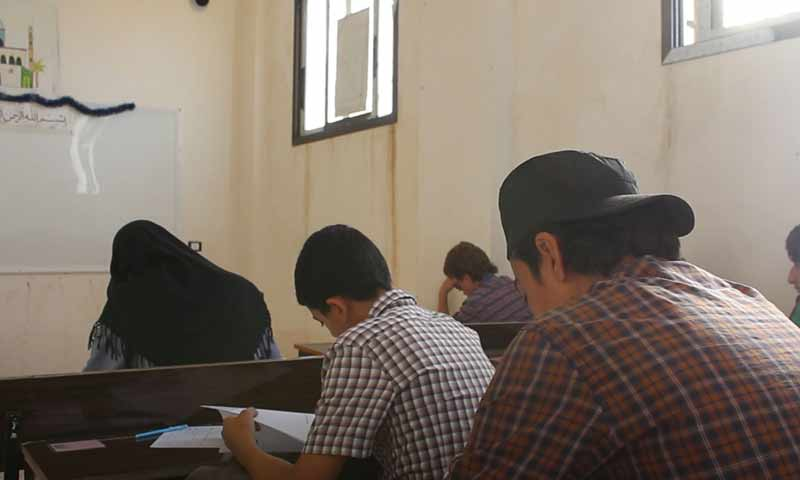 High school exams in the city of al-Dana in the northern countryside of Idlib - 2019 (Sham News Agency)