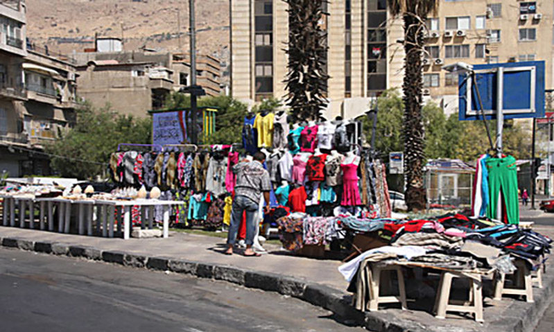 Street vendors spreading in Damascus streets (Alkhabar TV channel)