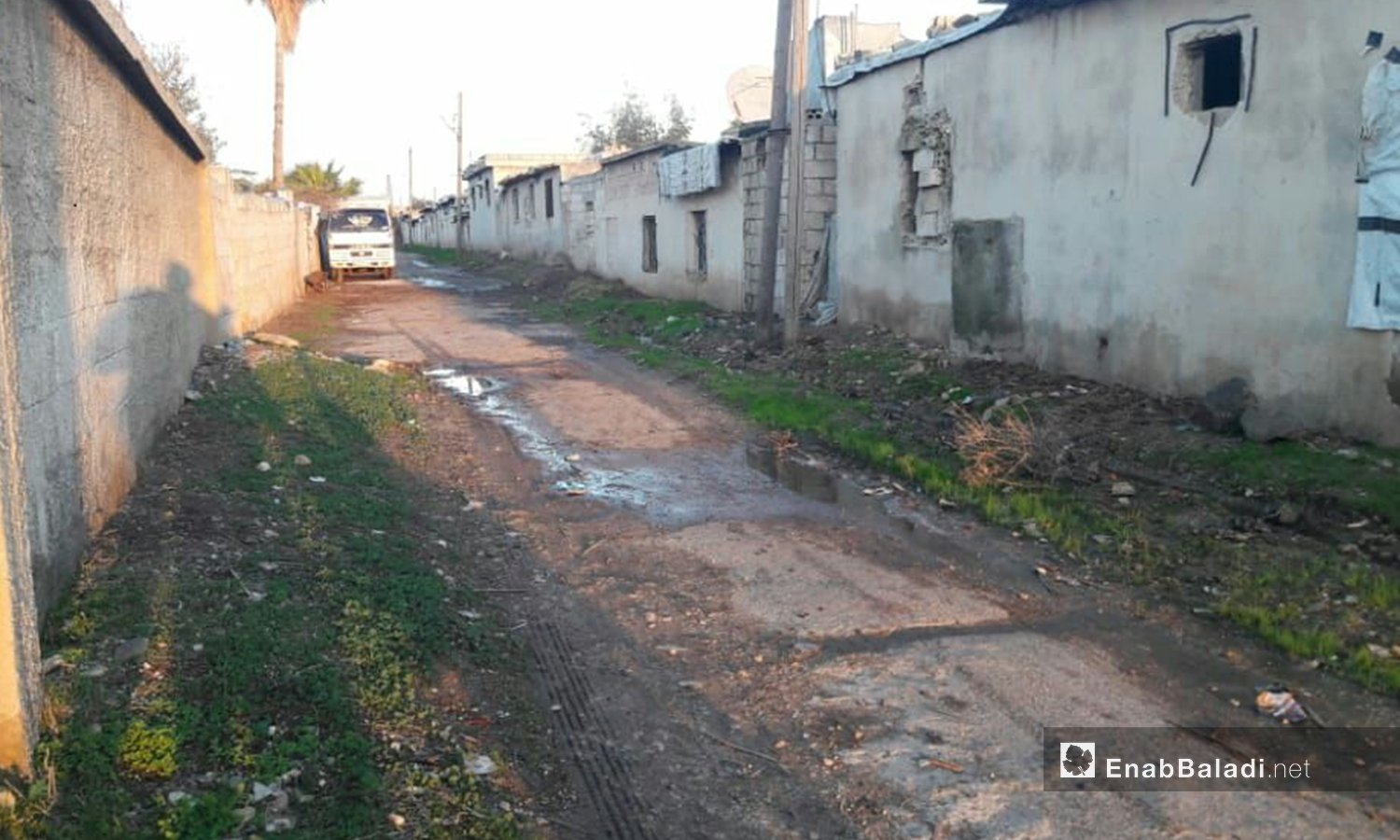 A street in Zayzoon camp flooded with sewage water- December 2020 (Enab Baladi/Halim Muhammad)