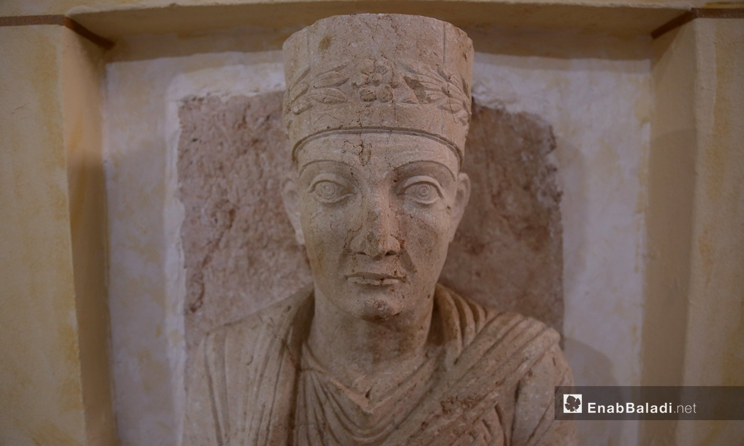 Stone statue stolen from Palmyra, smuggled into northern Syria and displayed today at the Idlib City Museum – 18 February 2021 (Enab Baladi/ Yousef Ghuraibi)