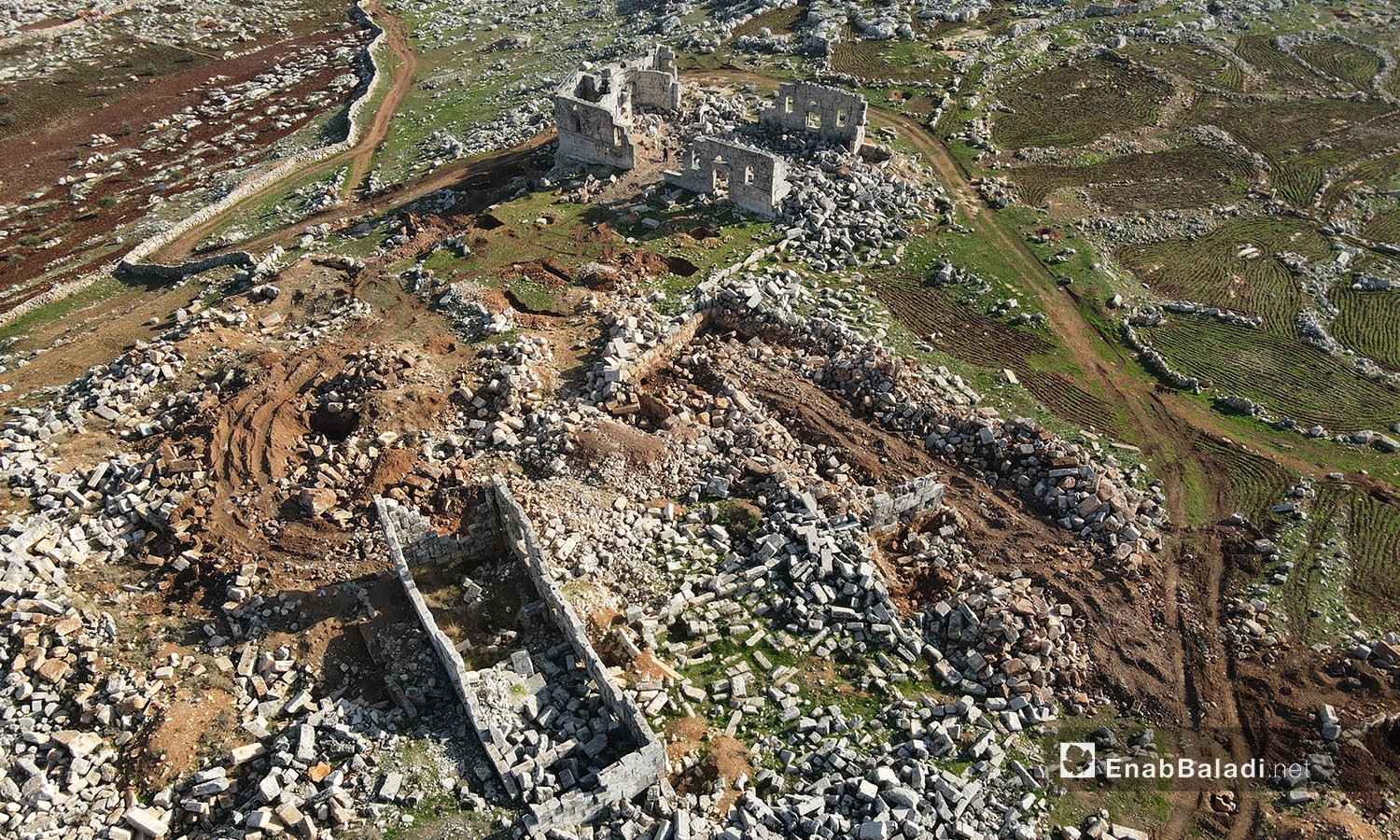 Drone photos showing severe damage at the Banqusa Archeological Site in the al-Wastani Mount, Idlib countryside – 13 January 2021 (Enab Baladi/Yousef Ghuraibi)