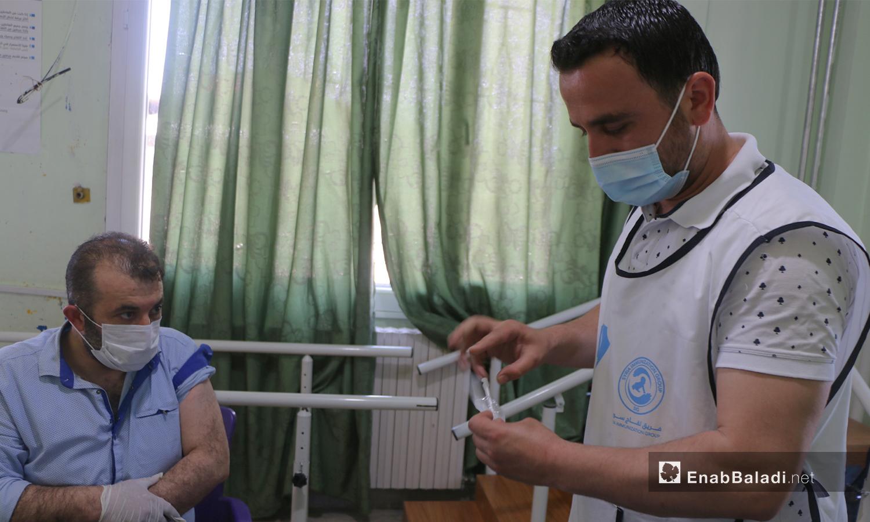 COVID-19 vaccination campaign begins in Azaz city in Aleppo countryside - 03 May 2021 (Walid Othman - Enab Baladi)