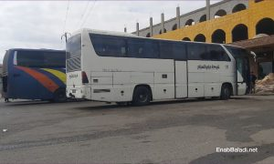 Domestic travel buses on the Homs-Damascus road - 12 April 2021 (Enab Baladi / Urwa al-Mundhir )