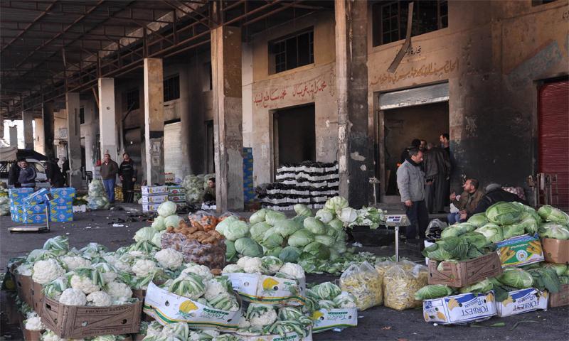 Al-Hal wholesale market in Homs- 16 December 2014 (SANA)