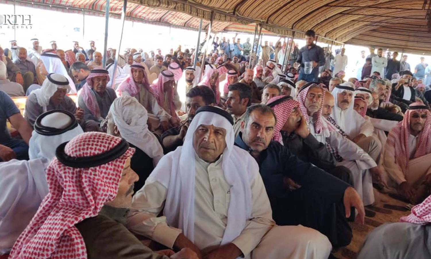 The meeting of dignitaries and tribal sheiks in Manbij (North Press)