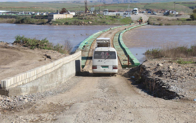 Limited traffic through the Semalka Bridge (Rudaw Media Network)