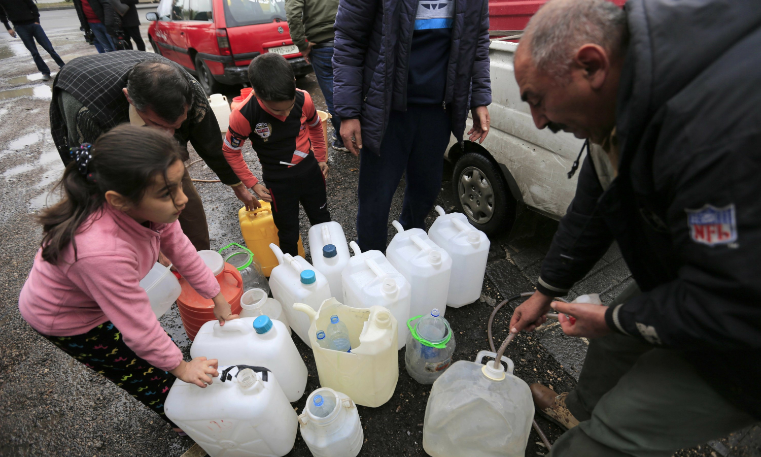 Water crisis in the Syrian capital city Damascus (AP)